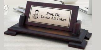 doktora hediye masa isimliği