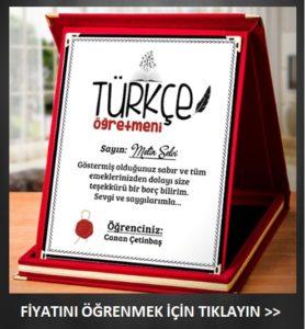Türkçe öğretmenine anlamlı hediye